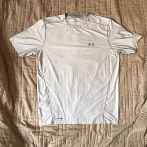 Under Armour Fitted Heat Gear Light Grey Silver
